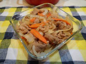 人気の定番常備菜レシピ。子どもが喜ぶ豚肉の生姜焼き