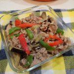 人気の定番常備菜レシピ。なすピーマン豚肉の味噌炒め