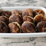 レンジで簡単常備菜レシピ。しいたけの肉詰め