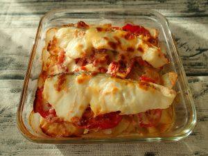 簡単魚の常備菜。トマトのたらこマヨグラタン