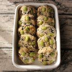 人気の簡単つくりおきレシピ。枝豆ひじきのふわふわ鶏つくね/ハンバーグ