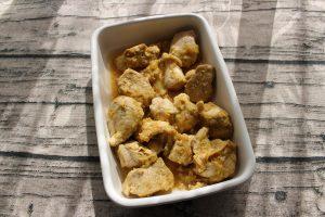 レンジで簡単・ムネ肉やわらかカレー玉ねぎチキン