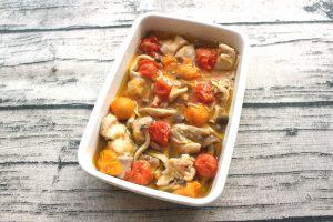 レンジで簡単お肉の常備菜レシピ。プチトマトと鶏肉しめじのアヒージョ
