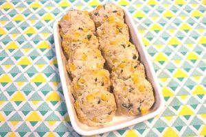 レンジで簡単ハンバーグの常備菜レシピ。ふわふわマヨコーン鶏つくね