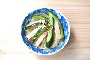 簡単つくりおきレシピ。きゅうりとハムの中華春雨サラダ