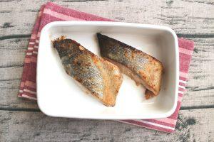 魚の簡単つけおきおかず。鮭の味噌マヨ焼き