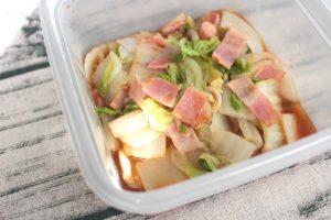 レンジで6分温かい常備菜。白菜ベーコンの中華風かさね煮