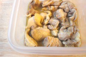 人気のレンジで簡単お肉の作り置きレシピ。鶏もも肉のバターポン酢