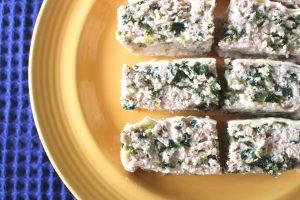 卵なしレンジで簡単お肉の常備菜レシピ。ほうれん草入りミートローフ