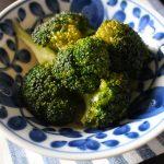 レンジで人気の簡単作り置き常備菜レシピ。やみつきブロッコリーのナムル