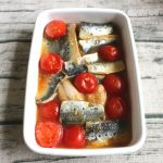 人気の簡単な魚の常備菜レシピ。いわしとミニトマトの南蛮漬け