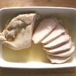 糖質オフ。レンジで簡単鶏肉の常備菜レシピ。ムネ肉やわらか塩レモン鶏チャーシュー