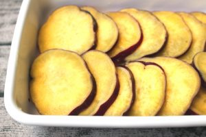 さつまいもの塩レモンバターの簡単作り方。レンジで人気の作り置きレシピ。