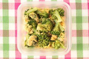 レンジで簡単常備菜レシピ。ブロッコリーと卵のうま塩マヨネーズあえ