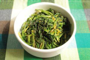 レンジで簡単常備菜レシピ。ほうれん草のごまあえ