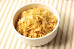 簡単常備菜レシピ。ポン酢キャベツ