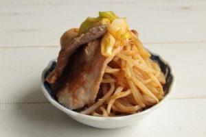 韓国風コクうまピリ辛豚もやし鍋のレンジで簡単作り方。