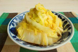 レンジで簡単で体が温まる人気の常備菜の作り方。白菜のめんつゆバター