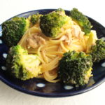レンジで簡単パスタのレシピ!ブロッコリーとツナの和風めんつゆバターパスタの作り方。