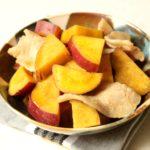 ホクホクさつまいもと豚バラ肉の甘辛煮の作り方。レンジで簡単常備菜レシピ。