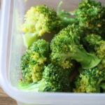 5分で完成!ブロッコリーの塩オリーブあえの作り方。レンジで簡単作り置きレシピ。